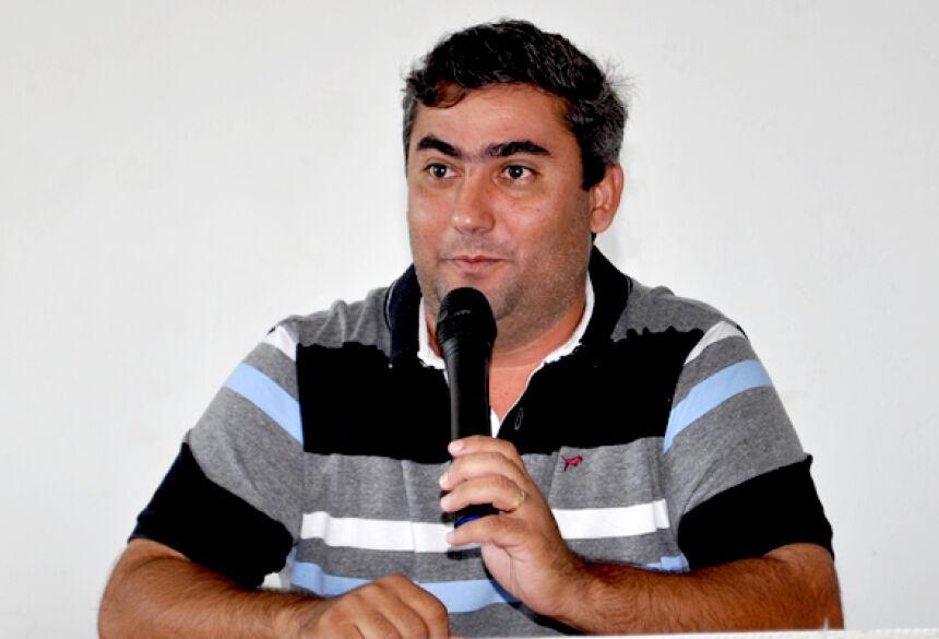 Secretário de Educação Enio Vasconcelos falou com exclusividade para nosso site - Foto: Ribero Júnior / AgoraNews