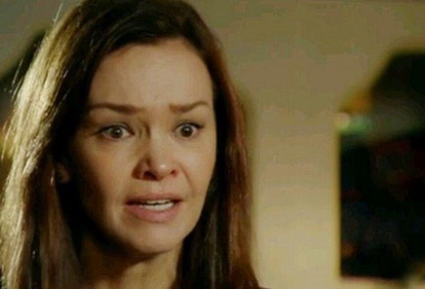 Reprodução/TV Globo  A atriz Julia Lemmertz na pele de Helena em cena da novela das nove da Globo: Em Família