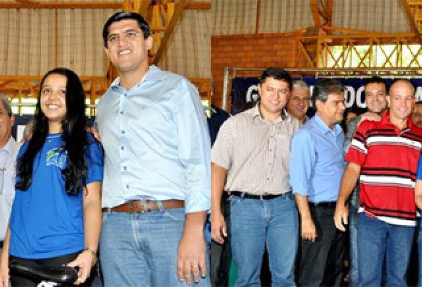 O evento aconteceu na manhã desta segunda-feira (28), na Escola Estadual Vicente Palotti - Foto: Ribero Júnior / AgoraNews.