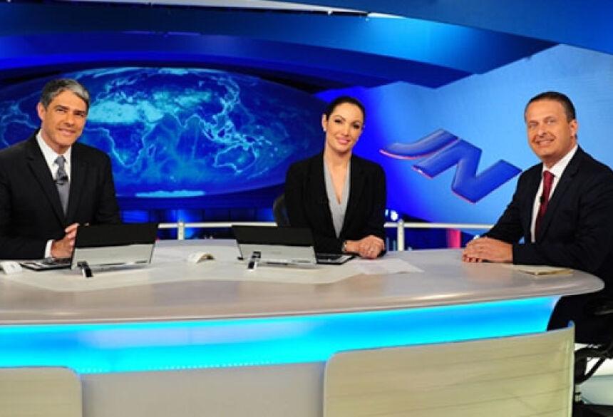 William Bonner e Patricia Poeta entrevistam Eduardo Campos, do PSB. (Foto: Globo/João Cotta)