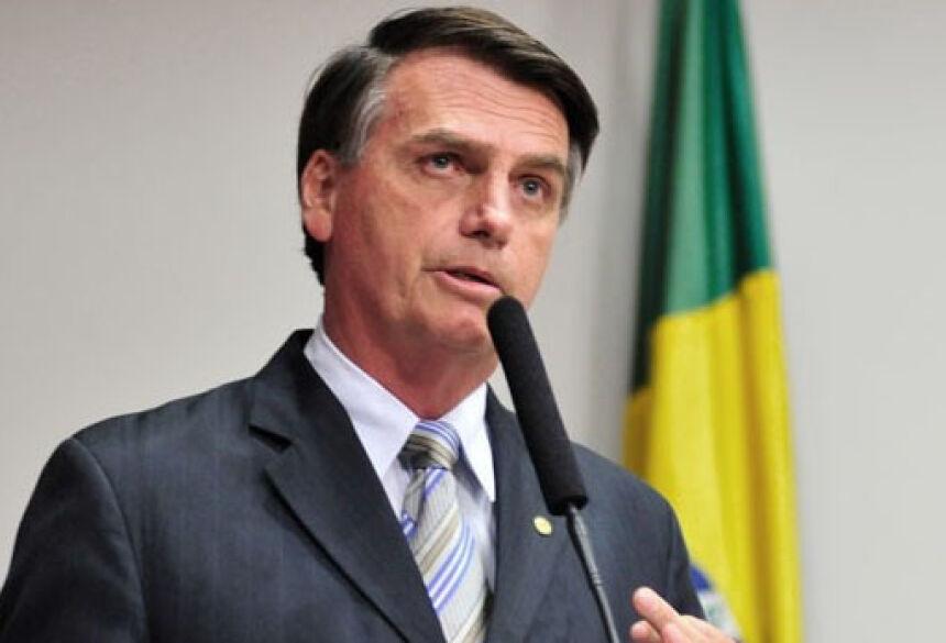 Bolsonaro: se o marginal temer a reação das pessoas certamente irá pensar antes de agir. (Foto: Gustavo Lima / Câmara dos Deputados)
