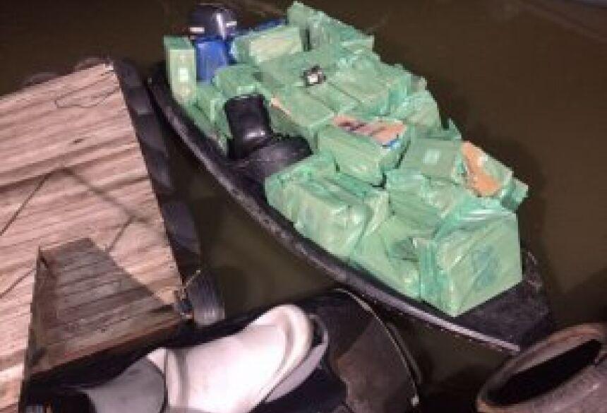Mercadoria e embarcação foram avaliadas em R$ 180 mil. (Foto: Divulgação)