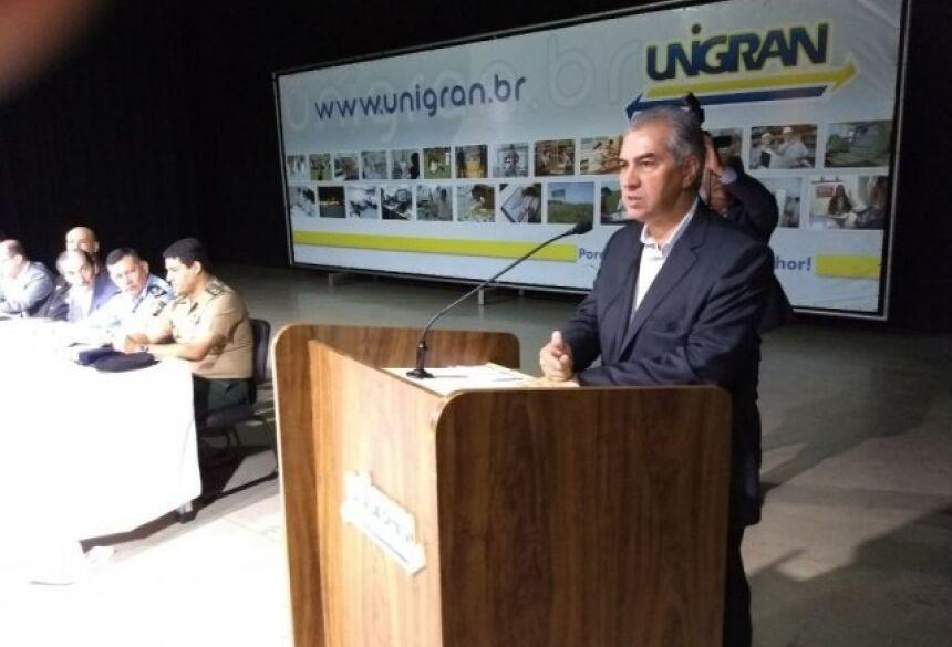 Governador reforçou importância da polícia na fronteira. (Foto: Eliel de Oliveira)