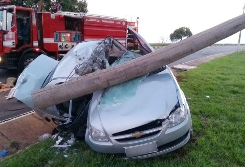 O acidente aconteceu às 5h50 da manhã de hoje (18) - Foto: Foto: Corpo de Bombeiros