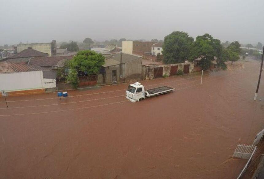 Volume de chuva em Ivinhema foi o maior do estado - Foto: Ivinoticias