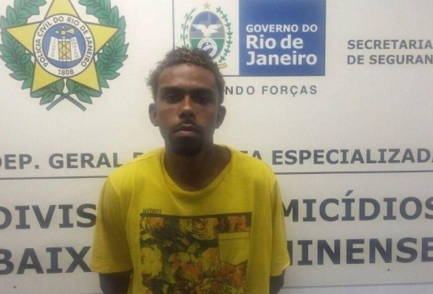 Carlos foi preso em flagrante por policiais da DHBF Foto: Divulgação Polícia Civil