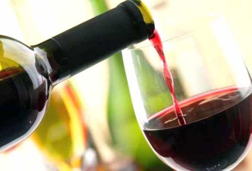 Embora a cerveja e outras bebidas alcoólicas ajudem a diminuir significativamente o risco de diabetes, como aponta o estudo, o vinho se mostra como a bebida com mais efeito benéfico para evitar a doença - Divulgação