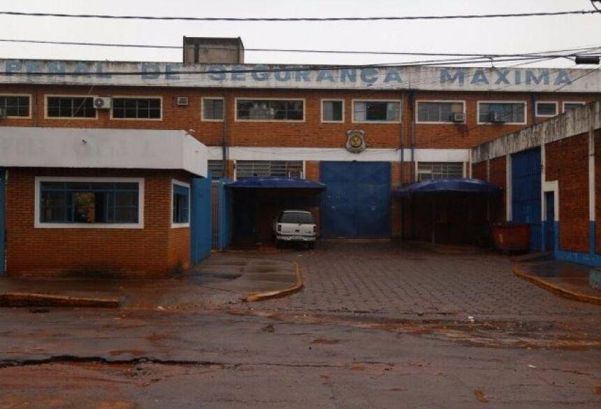 Fachada da penitenciária de Segurança Máxima de Campo Grande. (Foto: Fernando Antunes/ Arquivo).