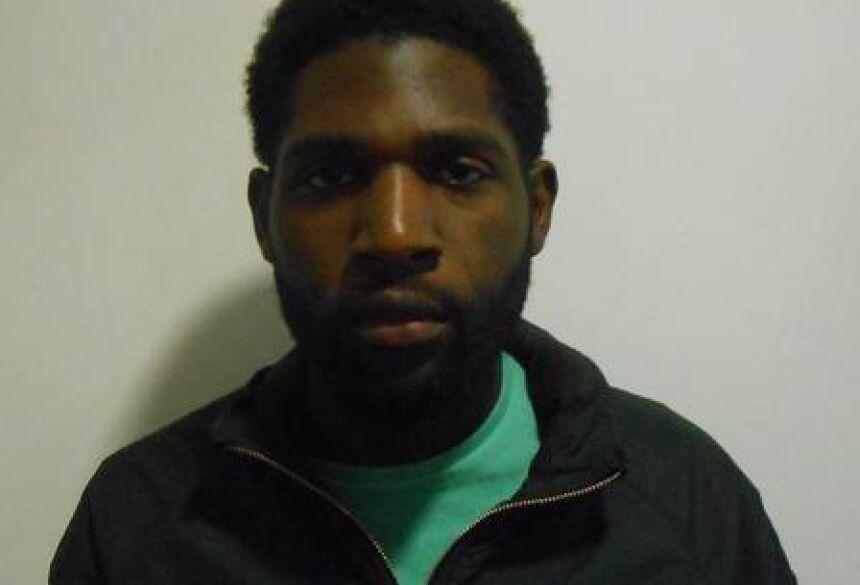 Homem foi identificado como um esquizofrênico Foto: Divulgação/Polícia Metropolitana de Londres
