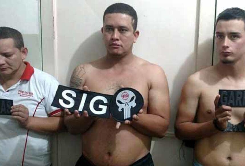 Ivan Luiz Ribeiro, Alexander Villa Escudero e Cristhian Camilo Lopez Wilquin foram presos em flagrante