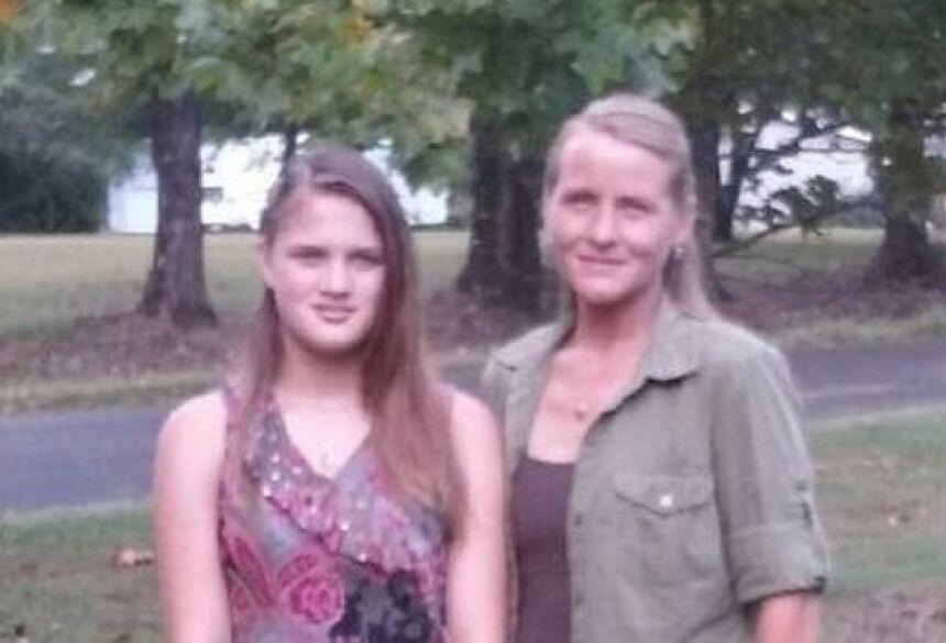 Savannah e a mãe biológica, Rebecca