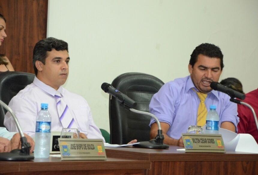 FOTO: ROGÉRIO SANCHES / FÁTIMA NEWS - No detalhe o presidente Miltinho e o 1º Secretário Aribaldo
