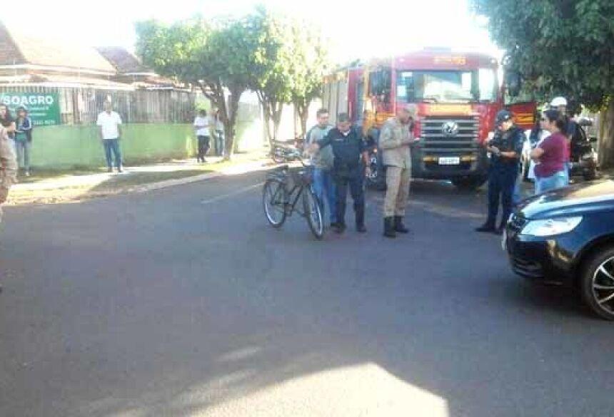 Acidente aconteceu no cruzamento das ruas Sete de Setembro e Professor João de Lima Paes, na cidade de Nova Andradina - Foto: Nova News
