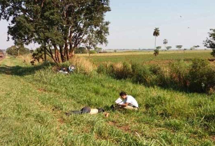 Acidente aconteceu na BR 376, entre Deodápolis e Ivinhema. Foto: Osvaldo Duarte - Dourados News