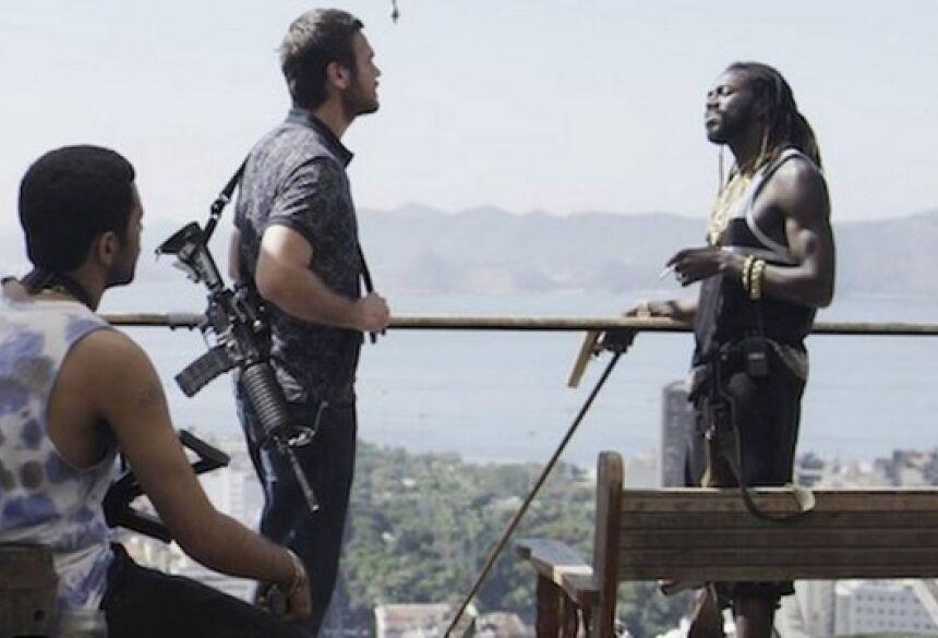 """Rubinho e Emílio em """"A força do querer"""" Foto: Rede Globo/Reprodução"""