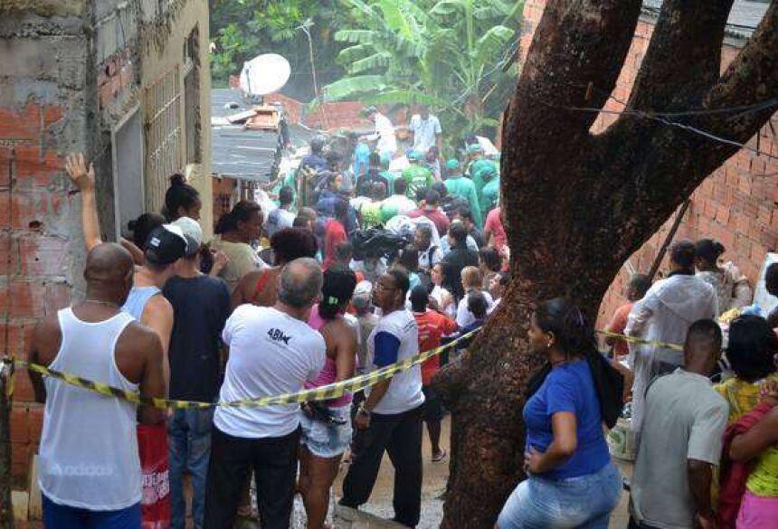Prédio desaba e mata criança em Salvador, na Bahia Foto: Romildo de Jesus/Futura Press / Ansa - Brasil