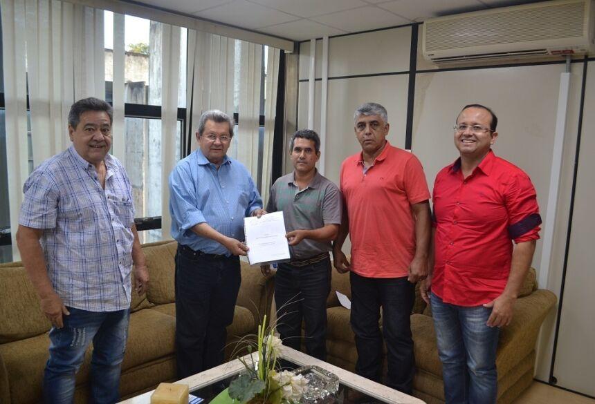 Onevan destina emenda parlamentar para auxiliar nas obras de recuperação do Grêmio de Bela Vista