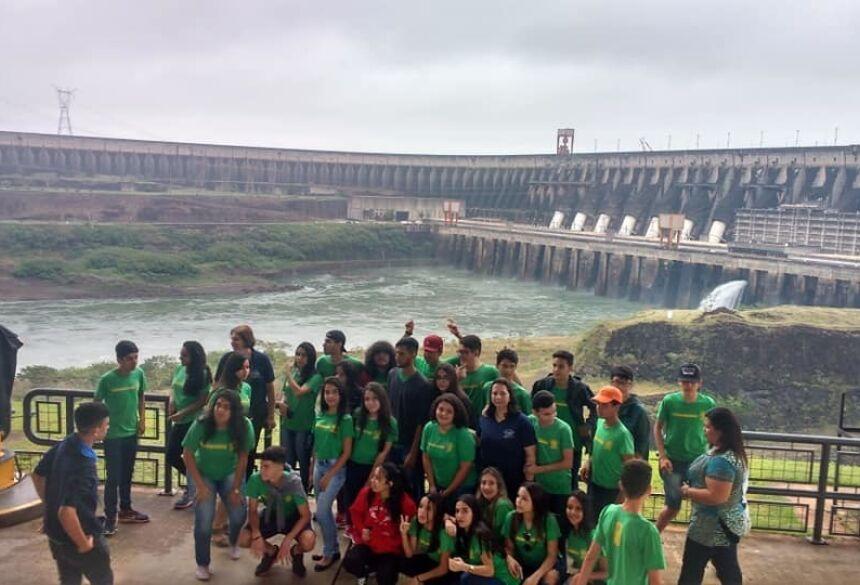 Estudantes da Escola Vicente Pallotti realizaram viagem pedagógica à Foz do Iguaçu