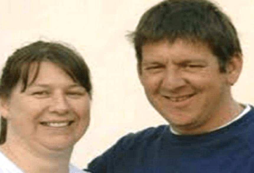 Uma mulher que salvou a vida de seu marido, depois de doar-lhe um de seus rins, quer o órgão de volta.