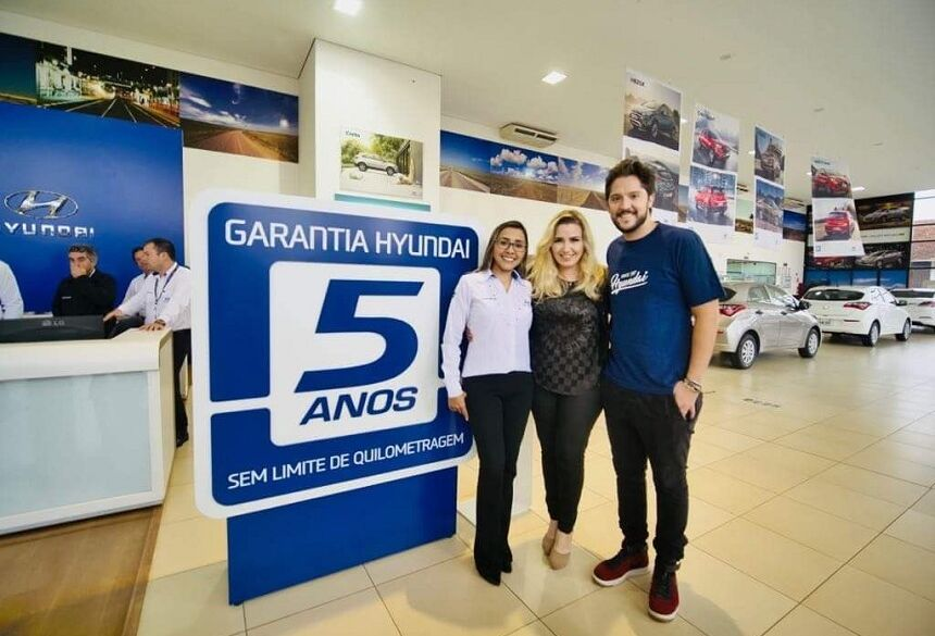 Taty gerente da Golden motors de Dourados, e o André Vasco que gravou o vídeo da história da Ana Karla com a Hyundai