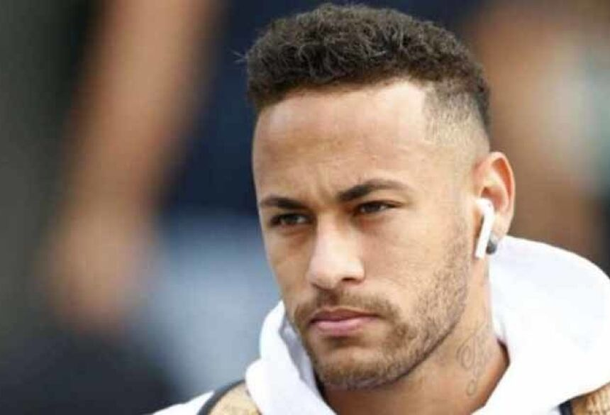 Neymar está sendo investigado pela justiça espanhola - AFP PHOTO / Benjamin CREMEL