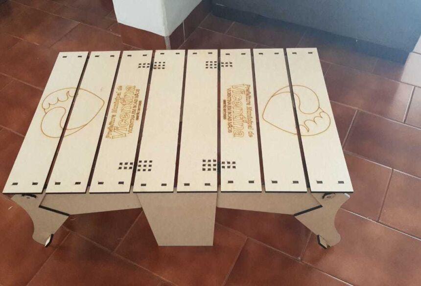A cesta vira uma mesinha - Marquinhos do Dedé inova mais uma vez e cesta padronizada é entregue aos funcionários