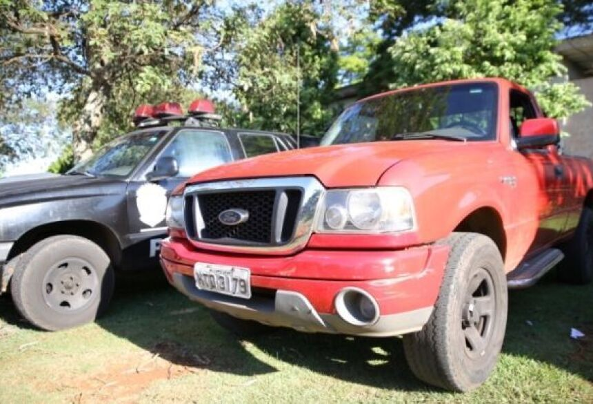 Trio 'toca o terror' na madrugada e rouba vários carros na Capital - Foto: André de Abreu