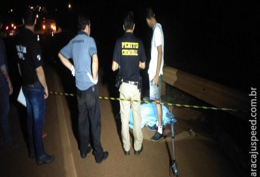 Com o impacto da colisão, pedestre morreu na hora. / Foto: Cido Costa