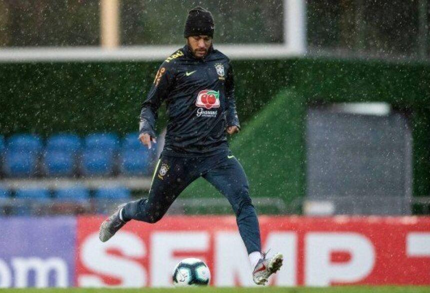 Neymar durante treino da seleção brasileira Foto: Lucas Figueiredo/CBF