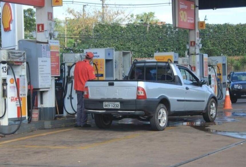 Logística truncada até a chegada do etanol nos postos de combustível reflete no preço (Foto: Marina Pacheco)