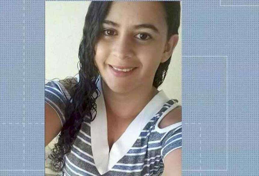 Josiane da Silva Vale, de 26 anos, foi morta na frente dos filhos em Rondonópolis — Foto: TV Centro América