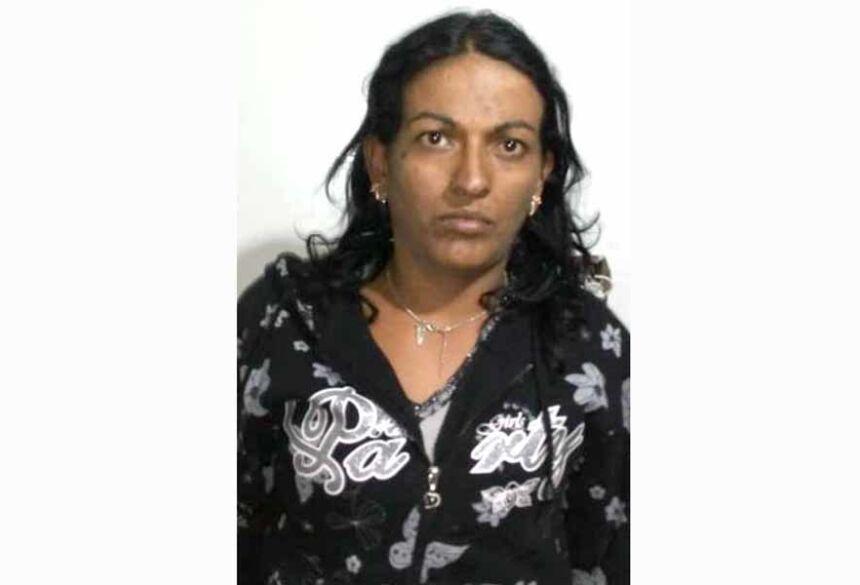 Luana Cristina Lopes de Azevedo (30) com várias passagens pela policia