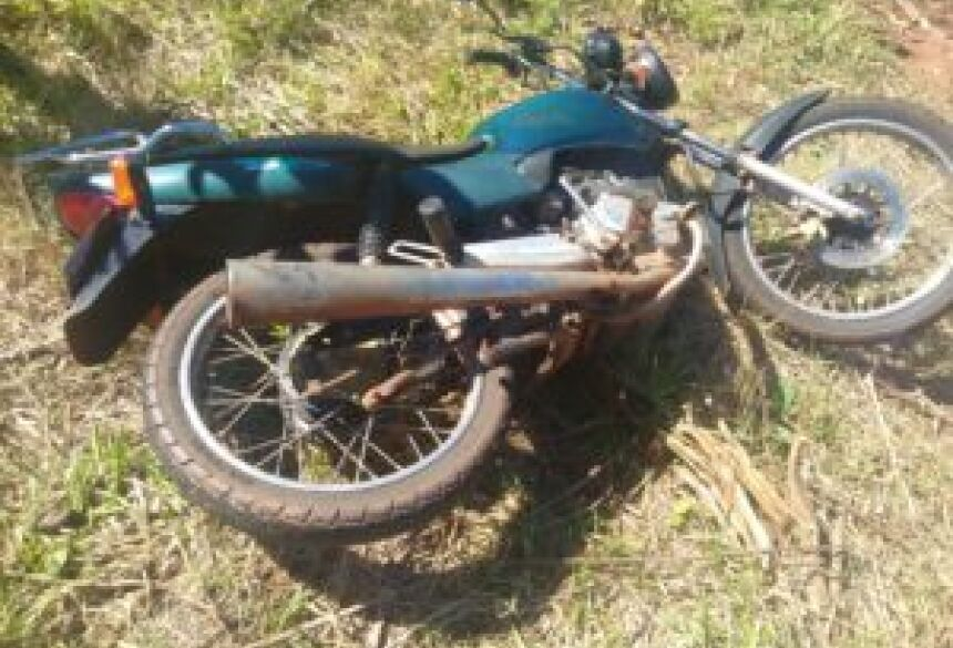Meliante invade residência e rouba moto em bairro em Glória de Dourados