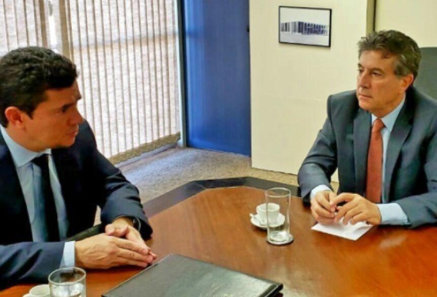 A reunião com o ministro Sergio Moro também teve a participação do secretário executivo do Ministério de Justiça e Segurança Pública, Luiz Pontel, e da senadora Soraya Thronicke.