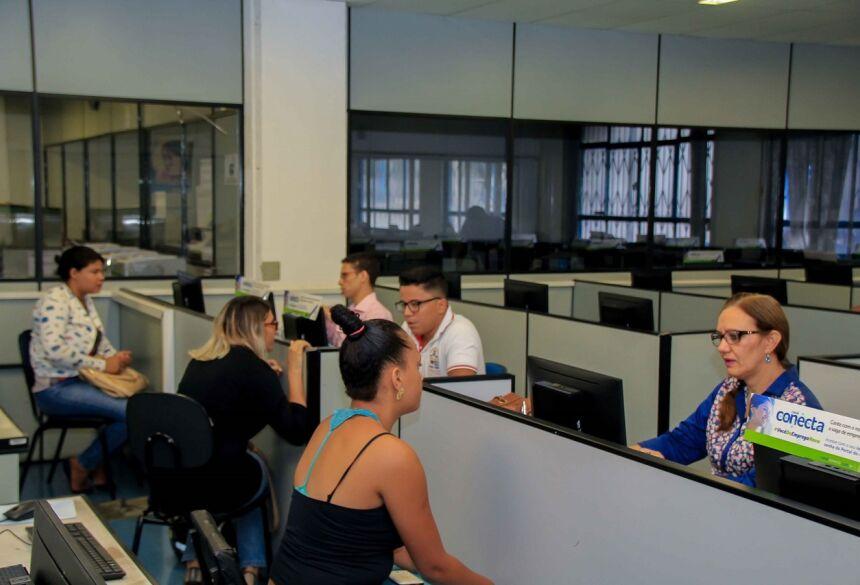 Interessados devem levar documentos, currículo e carteira de trabalho - Foto: Divulgação