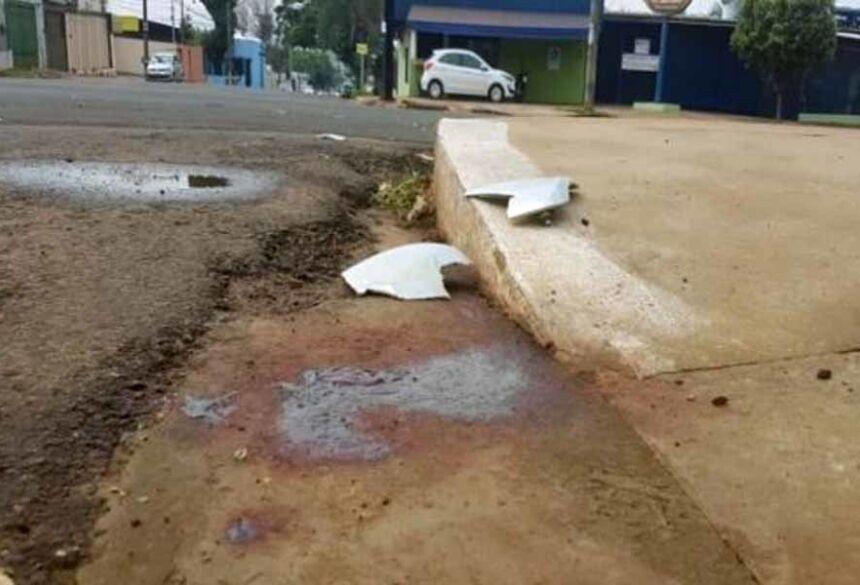 Acidente aconteceu em cruzamento sinalizado. / Foto: Ana Paula Chuva