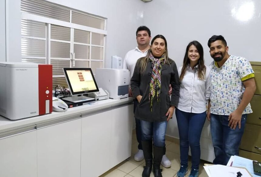 Drº. Vanio Souza Santos - Drº. Lucas Alves dos Santos - Drª. Larissa (Assistente Técnico e Trainer da IDEXX ) e Ellen Maricia