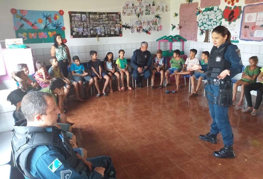Participaram os policiais ST.PM Alan, comandante do 2ºGPM/14BPM, CBPM Franciele CBPM Rafael.