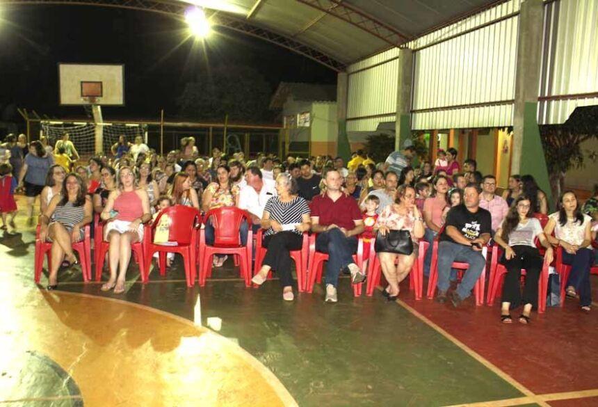 Familias prestigiaram o evento da Escola Reino do Saber. Fotos AdeLuz