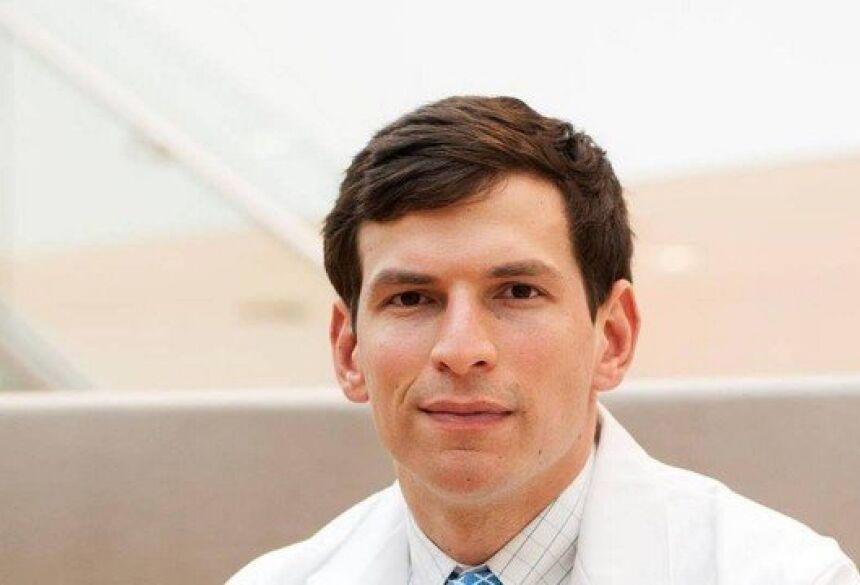David Fajgenbaum atualmente é professor assistente de medicina na Universidade da Pensilvânia Foto: Reprodução/Facebook