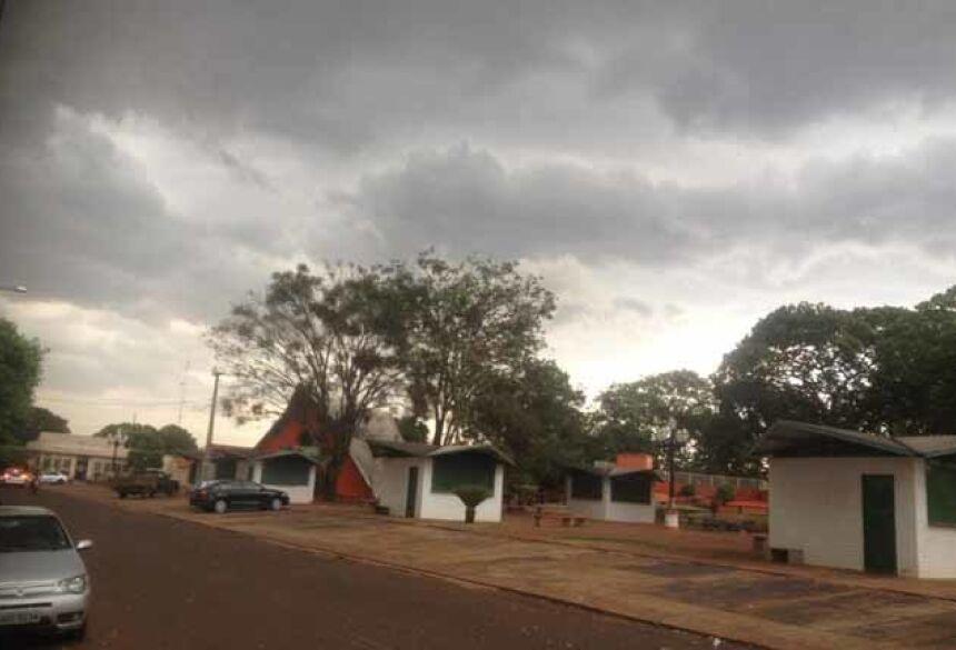 Previsão de muita chuva final de semana (AdeLuz)
