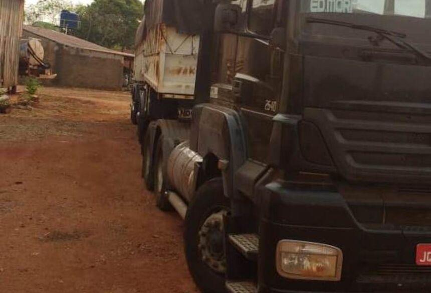 Grupo criminoso utilizava caminhões para fazer o transporte da cocaína Imagem: Polícia Civil / SP
