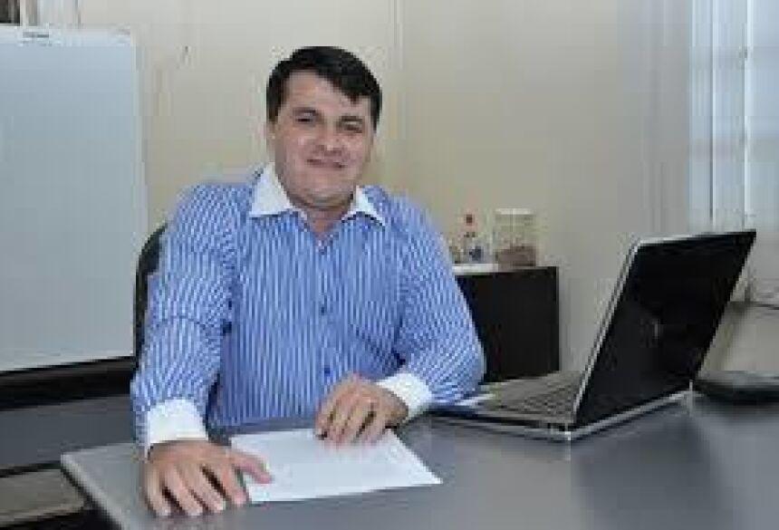 Prefeito Marquinhos trabalhando pela saúde de Vicentina (Foto Google)