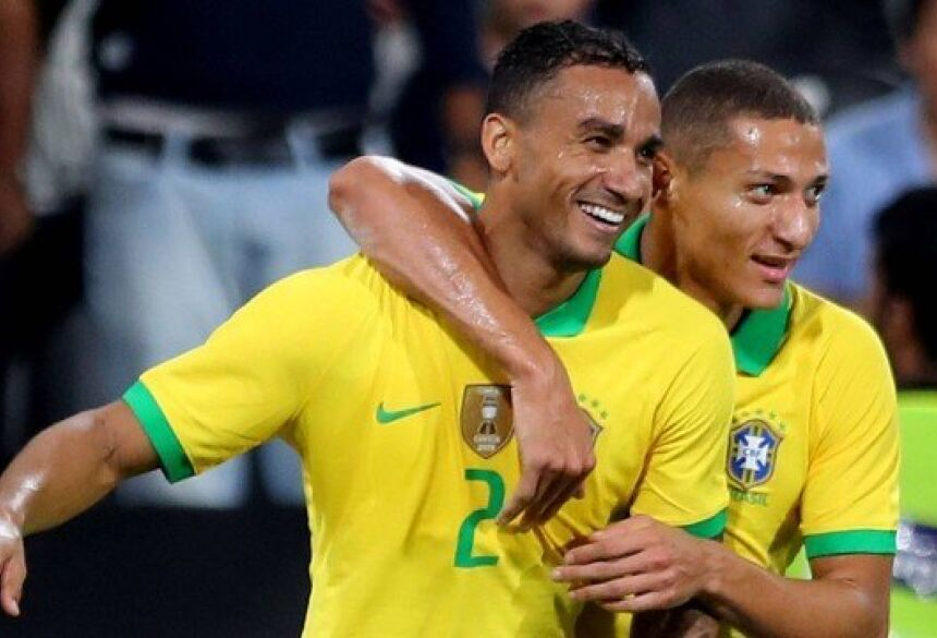 Danilo marcou o terceiro gol do Brasil em amistoso contra a Coreia do Sul Foto: STRINGER / REUTERS