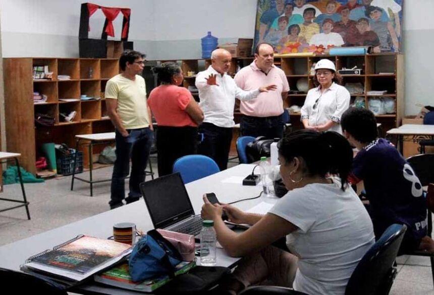 Em quase 50 anos de existência, a Escola Estadual Lucia Martins Coelho passa pela sua primeira grande reforma.
