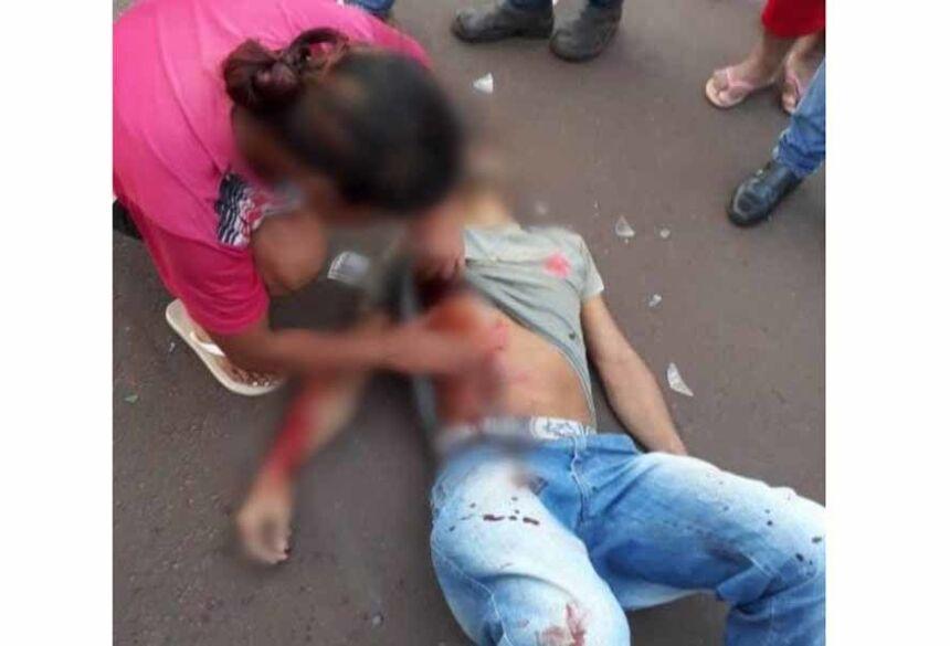 Reginaldo Romeiro Valhejo estava caído ao solo com perfurações de arma de fogo  Imagens: Google