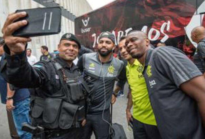 Muitos brasileiros irão acompanhar a final da Libertadores em Lima - Foto: Alexandre Vidal / Flamengo