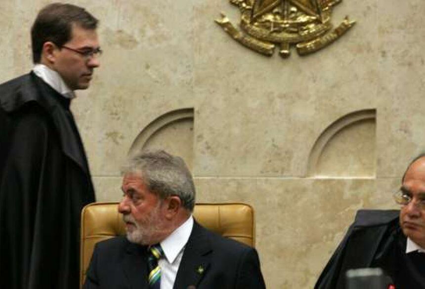 Da esquerda para a direita, Toffoli, Lula e Gilmar Mendes - Crédito: André Dusek/Estadão Conteúdo
