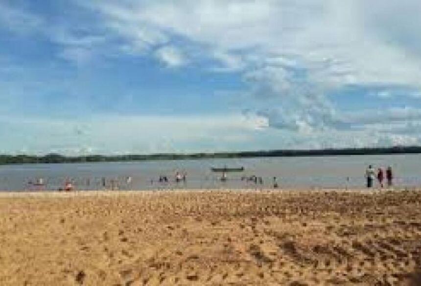 O caso aconteceu pouco depois das 18 horas em um local conhecido como Prainha do Sol, próximo ao Porto Isabel.