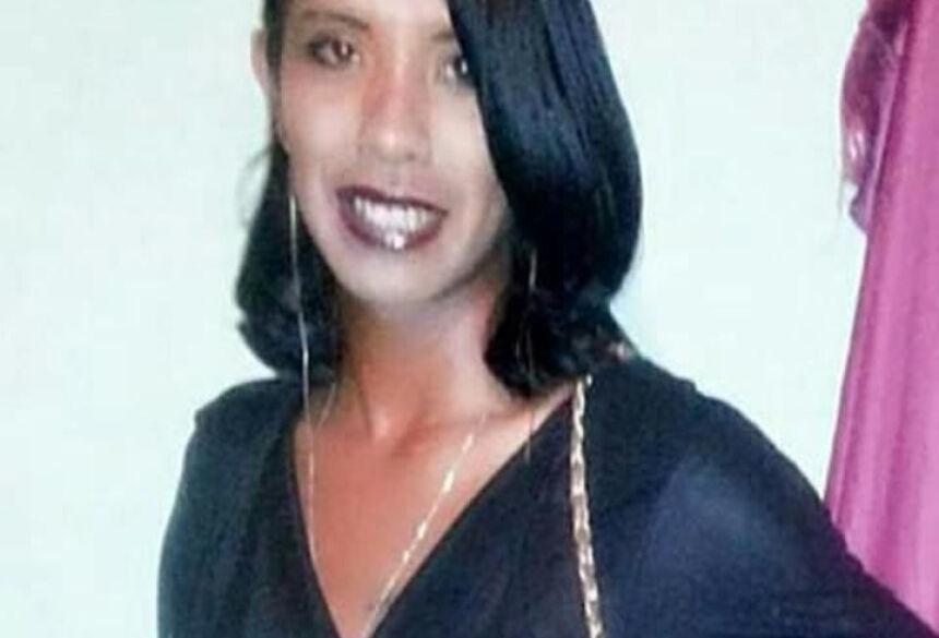 proprietário da Lanchonete Bom Sabor localizada no Distrito de Lagoa Bonita, que informou ter uma pessoa esfaqueada.